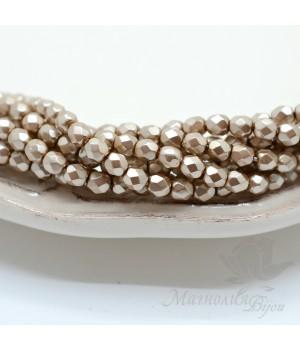 Чешские граненые бусины Pearls Champagne 4мм, 20 штук