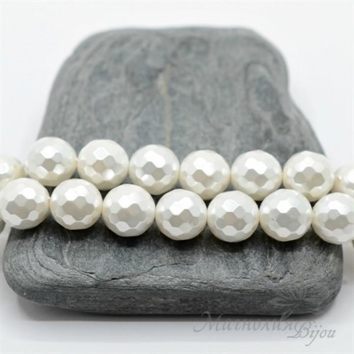Cuentas de perla de concha facetadas 10mm 1 und., color blanco